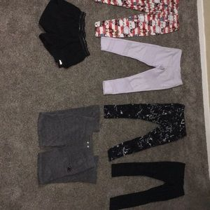 XS Lot of stretchy bottoms/work out